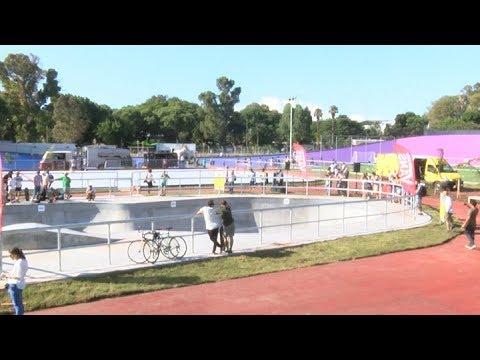 reinauguraron-el-velódromo-porteño,-convertido-en-el-mayor-parque-de-skate-del-país