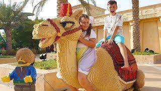 Али и Адриана играют в Леголенд Дубаи