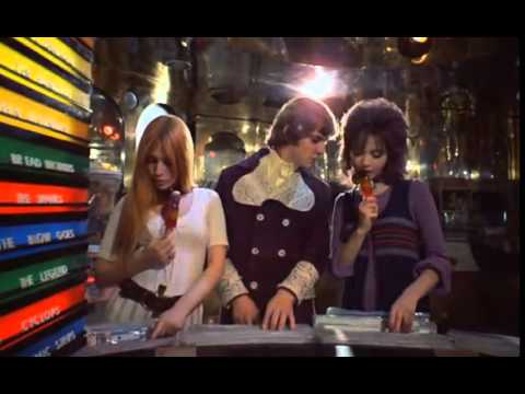 Фрагмент из фильма 'Заводной апельсин'