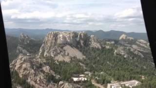 Helicopter flight over Mount Rushmore