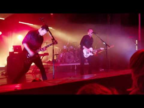 Jimmy Eat World -  A Praise Chorus and The Authority Song (Live at The Observatory Santa Ana, CA)