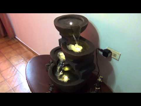 Fuente de agua cascada con luces led poliresina fibra for Luces led para jardineras