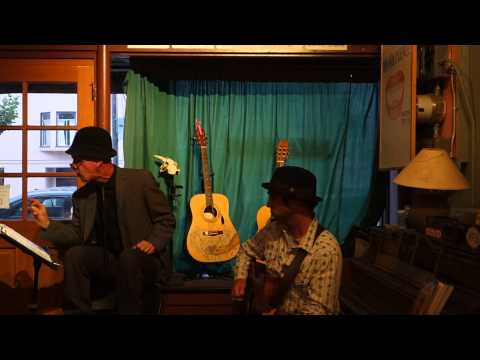 Oakland: Chris Chandler and Paul Benoit at Bazaar Cafe in SF