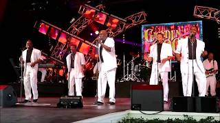 The Spinners - Working My Way Back To You @Epcot May 28, 2017