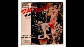 Titiek Sandhora with Band 4 Nada   Mimpi Diraju EP   B1  Bunga Bunga Berguguran