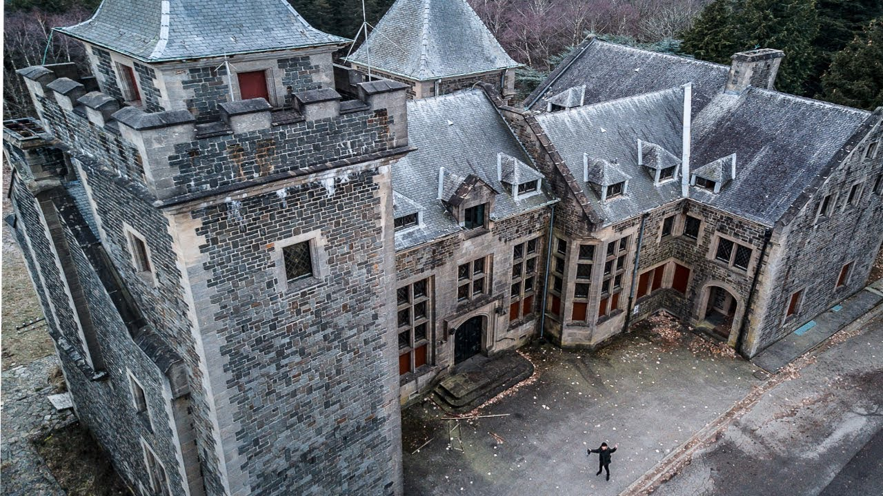 Abandoned Millionaires CASTLE Mansion (Chateau Wolfenstein)
