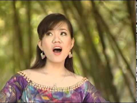Viếng lăng Bác - Phạm Khánh Ngọc.mpg