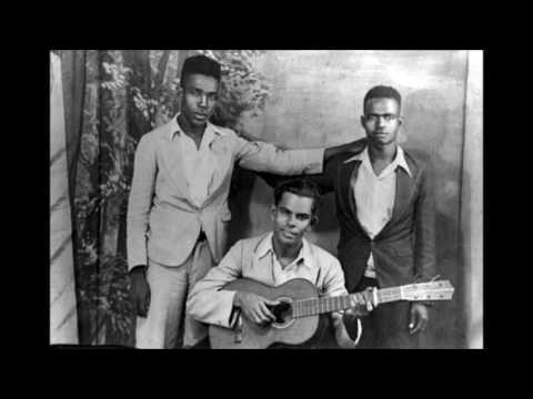 Keskidee trio-Congo bara ( Calypso in Kwéyòl )  with lyrics
