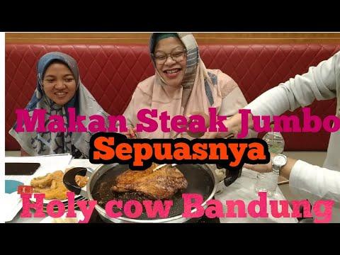 makan-steak-jumbo-sepuasnya-di-holycow-bandung