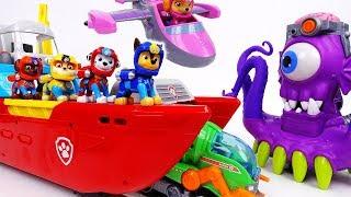 Go Go Paw Patrol Sea Patrol~! Defeat The Shark Pirate - ToyMart TV