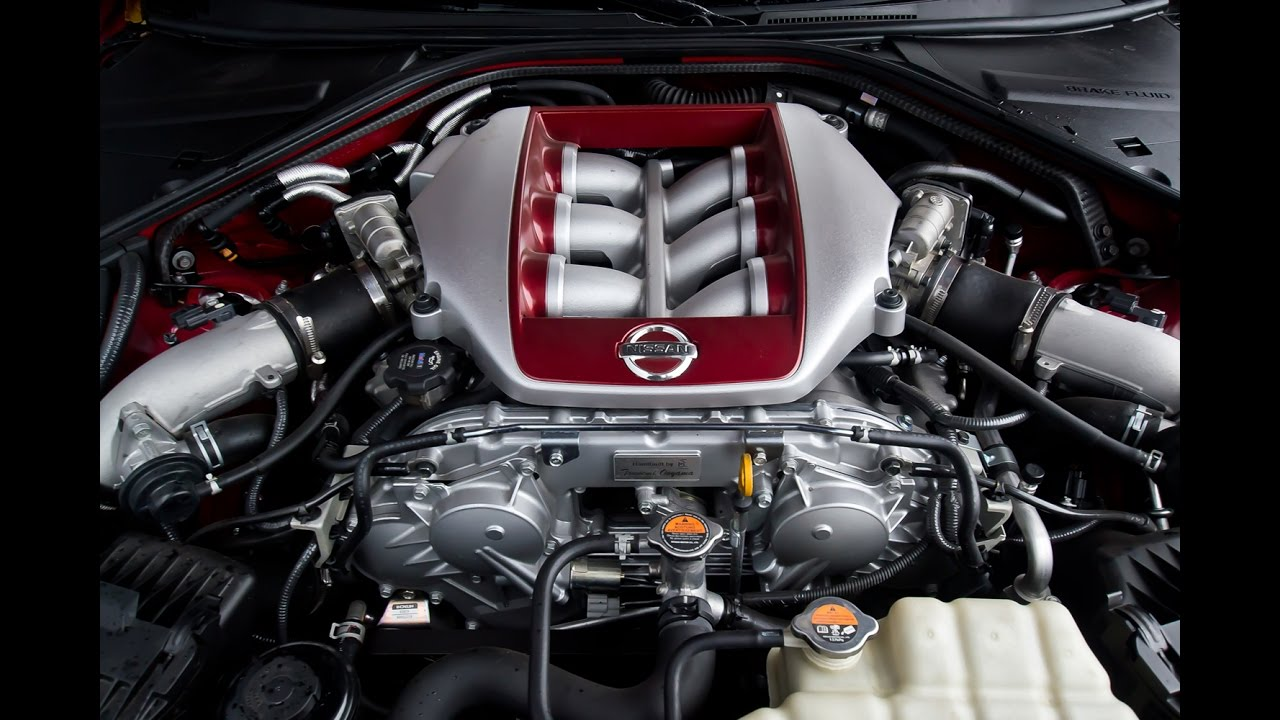 Nissan GT-R (R35 2017) 3.8 V6 TwinTurbo 570 HP engine and exhaust ...
