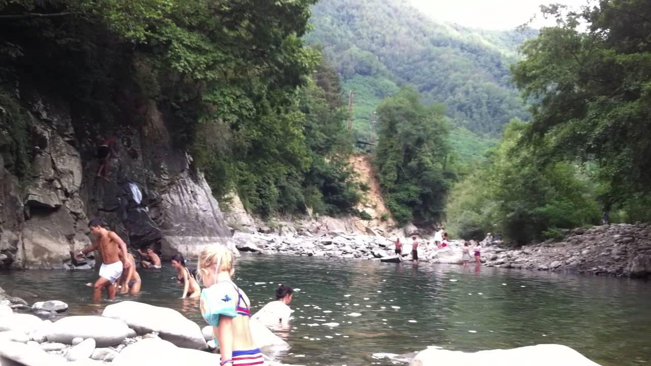 Pomeriggio estivo sul torrente lima a bagni di lucca youtube - Canyon park parco avventura bagni di lucca lu ...