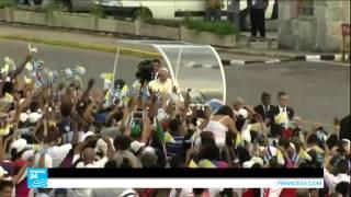 حشود تستقبل الحبر الأعظم في ساحة الثورة الكوبية