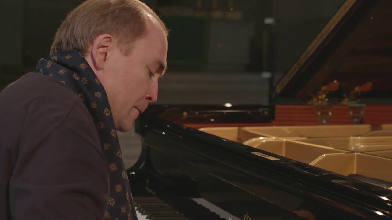Denys Proshayev plays Bach