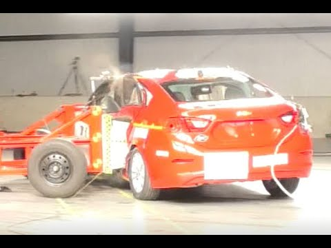 Chevrolet Cruze 2019 Crash Test Compilation (Side Pole, Side)