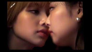 JENLISA MOMENTS (Jennie x Lisa) BLACKPINK