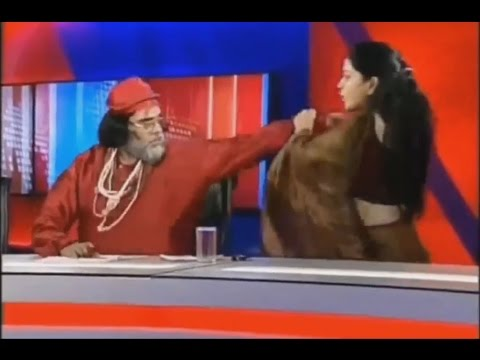 Big Boss 10 Swami Om Fighting with Women...
