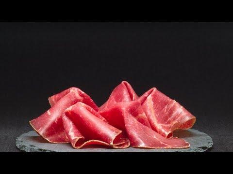 اللحم المقدد يزيد خطر الإصابة بالسرطان  - 12:57-2019 / 4 / 17