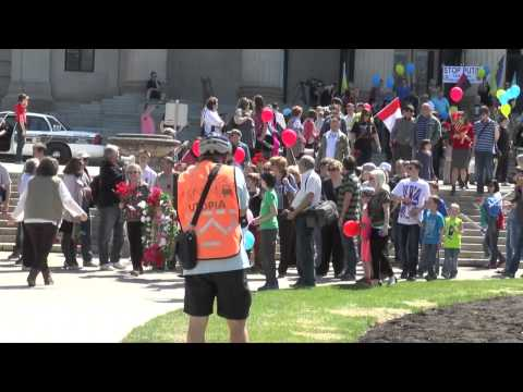 Victory Day Parade (English Subtitles, all speeches) @ Winnipeg, Manitoba (May 10th, 2014)
