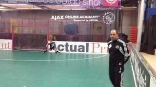 Zaur Tšilingarašvili   Азы футбола - Упражнения для детей (часть 1)
