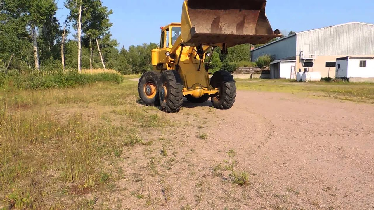 International Pay Loader For Sale by XcelCanada
