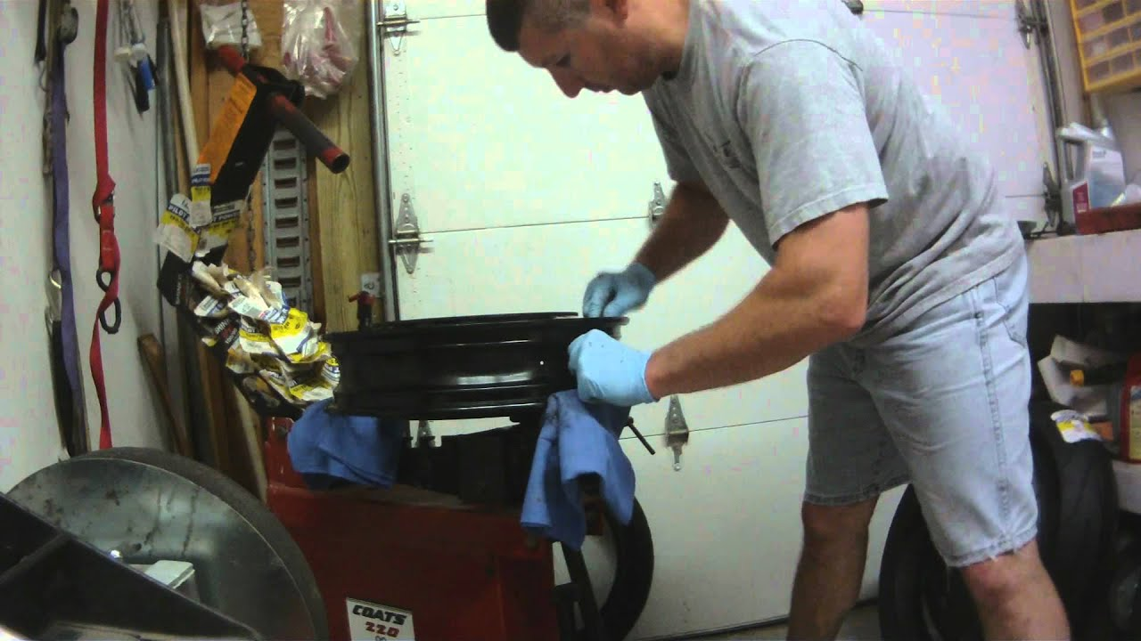 Gsxr Front Tire Removal Replace Youtube Wiring Diagram 2006 Suzuki 1000 Premium