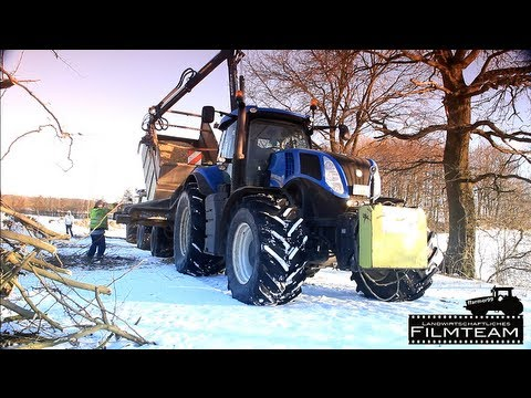 Full SOUND Video. New Holland T 8.330 mit Heizohack Hacker . Hackschnitzel hacken 2013
