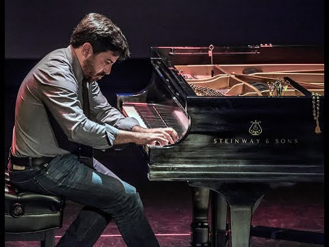 MindTravel with Pianist Murray Hidary • A Live-Piano Music Meditation Experience in Fairfield Iowa
