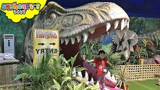GIANT DINOSAURS MUSEUM for kids - Animatronic real dinosaurs alive trex jurassic world