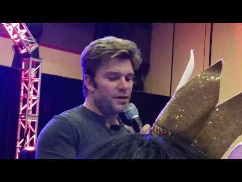 Vic Mignogna at Otakon Vegas 2016 part 1/3