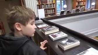 Rikhardinkadun kirjasto  Library