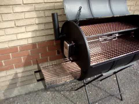 Genoeg CHARCOAL BARBECUE OIL DRUM SMOKER BBQ - YouTube FB26