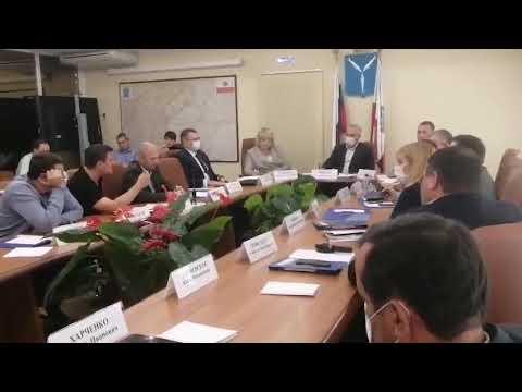 Депутат-коммунист Николай Бондаренко разнёс инициативу правительства  увеличить зарплату чиновникам - YouTube
