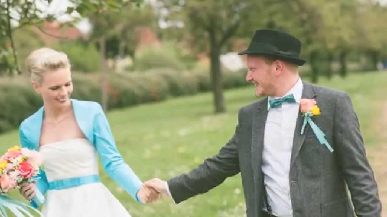 Janine kim eine 50er jahre hochzeit im museumsdorf for Kuchenschranke 50er jahre