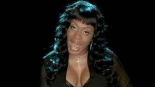 Watch Lil Mo Why Do We Fall In Love video