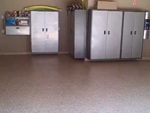 Paint Chip Epoxy Garage Floors by Hawkeye Custom Concrete