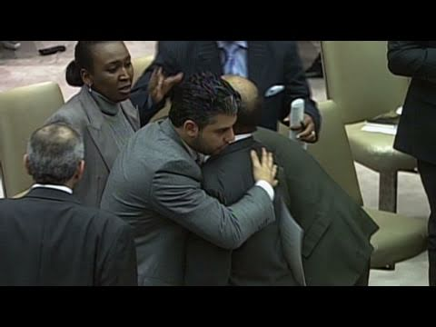 CNN: Libyan ambassador crying at UN meeting