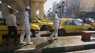İran'ın başkenti Tahran'daki taksi ve otobüslerde 'koronavirüs temizliği'