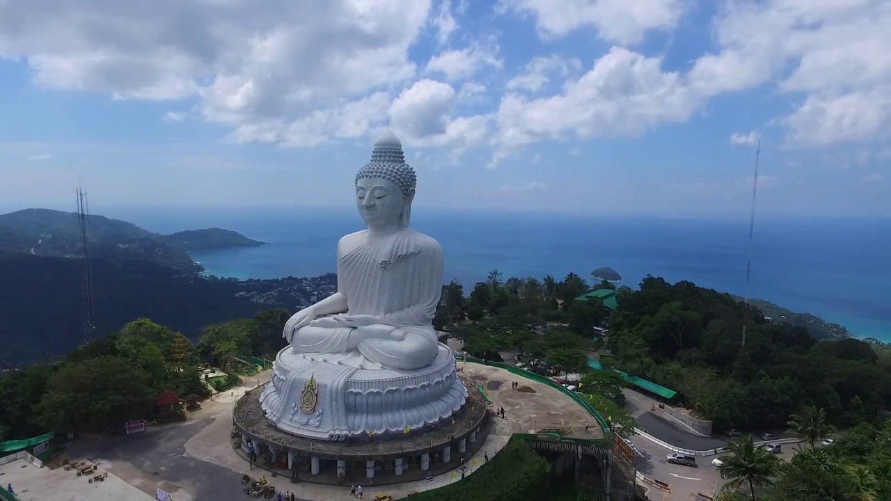 Phuket Geheimtipps Flying A Drone Around The Big Buddha Phuket Thailand