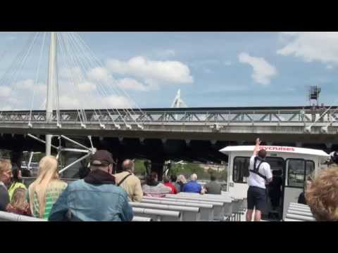 Sightseeing tour along the river Thames ,London by City Cruises
