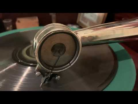Regina Music Box Model 139 with Phonograph