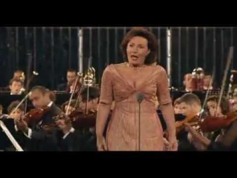 Daniel Barenboim & West-Eastern Divan Orchestra - Live from Ravello