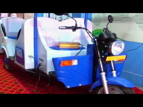 India S First E Rickshaw With No Chinese Components Youtube