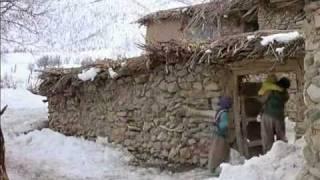 الفيلم الكردي (A Time For Drunken Horses) مترجم للعربي