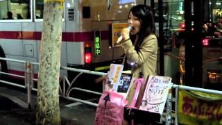 渋谷駅モヤイ像通り 路上ライブ.