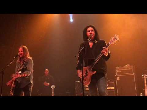 Gene Simmons Johnny B. Goode Chuck Berry tribute Cleveland 2017