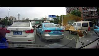 horrible car crash, terrible traffic accident clips 20170618 in Chinese, Update everyday