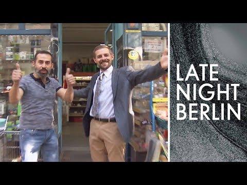 Ultra flyer Werbespot für den besten Laden der 🌍: BBB WARENRESTPOSTE | Late Night Berlin |ProSieben