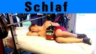 Im Schlaf Muskeln aufbauen - wie viel Schlaf ist gesund?