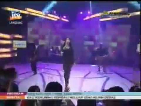 Dangdut Gratis Heboh Utami Dewi Fortuna   Hitam Putih   Pradana JTV